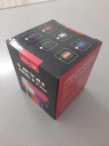Imagem 1 de 4 de Caixinha De Som Com Bluetooth