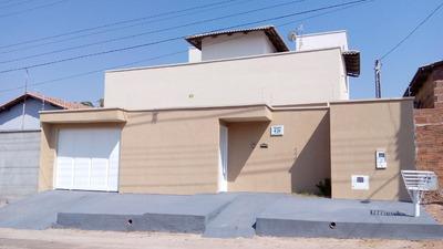 Casa 133m², 2 Quartos, Com 2º Piso Inacabado
