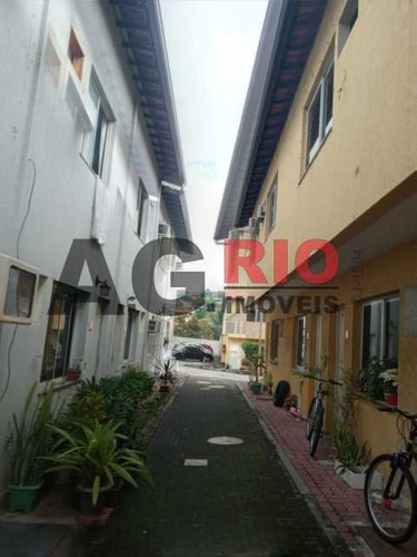 Casa Em Condomínio-à Venda-praça Seca-rio De Janeiro - Vvcn20068