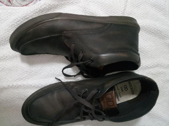 Sapato Tênis Democrata Semi Novo - 44 - Usado Poucas Vezes