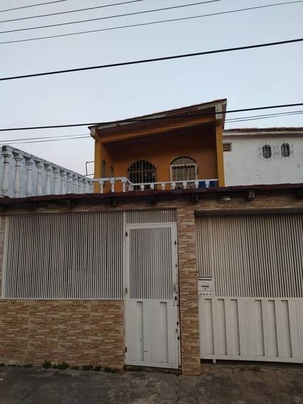 Vendo Quinta En La Candelaria Con 2 Anexos 04145887434