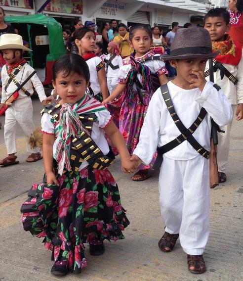 Vestido Para El Desfile Del 20 De Noviembre En Mercado Libre