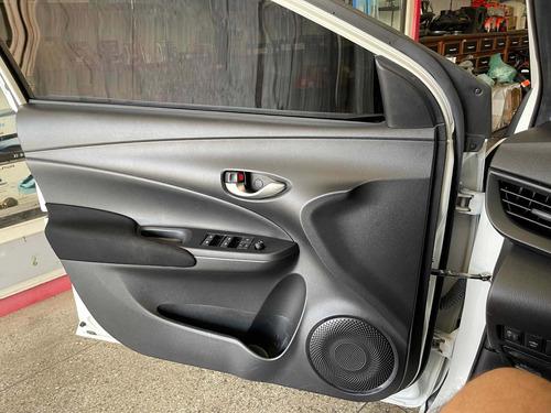 Imagem 1 de 11 de Toyota