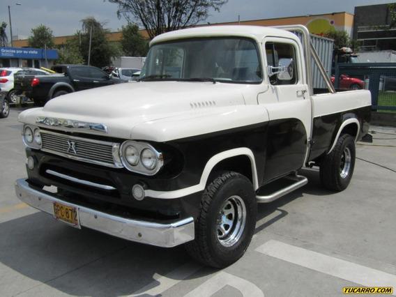 Dodge D-100 Pick Up