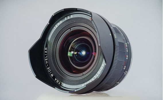 12 Mm / 1:5.6 Voigtländer Ultra Wide Heliar Aspherical Iii