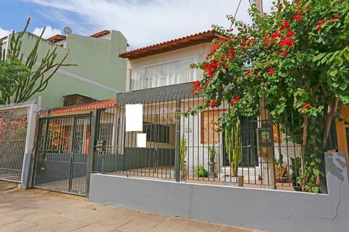Casa Em Santa Maria Goretti Com 2 Dormitórios - Ot7856