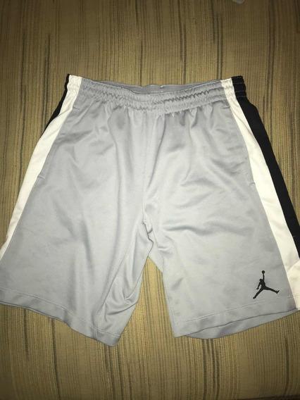 Vendo Short Jordan Original