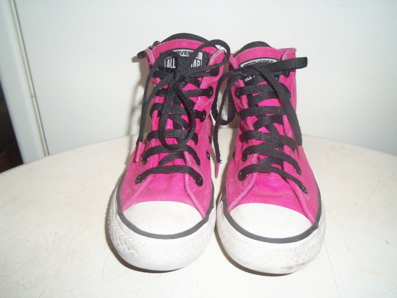 Zapatillas Converse Color Fuxia Nro. 32