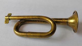 Antigua Trompeta Pequeña De Colección