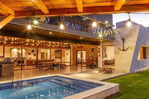 Vendo Casa En El Campanario Querétaro Con Alberca Y Con Vista Al Campo De Golf