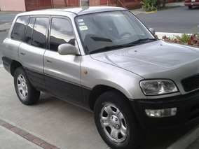 Toyota Rav4 Año 2000