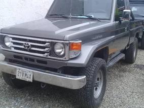 Toyota Macho Pick-up .