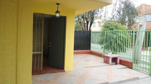 Imagen 1 de 16 de Casa De 2 Pisos En Pasaje Cerrado Maipú