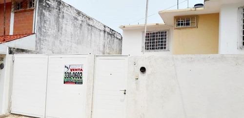 Casa En Venta En Col. Graciano Sánchez. Boca Del Río, Veracruz.