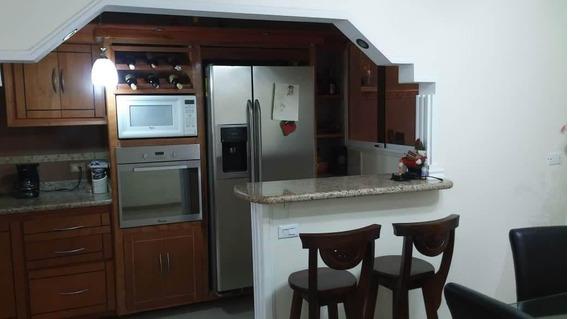 Bella Casa En Venta En Acarigua #20-3398