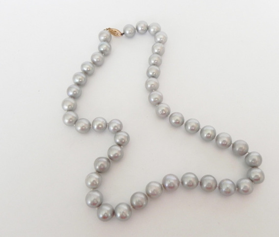Collar De Perlas Cultivada Con Broche De Oro Gris Clasico