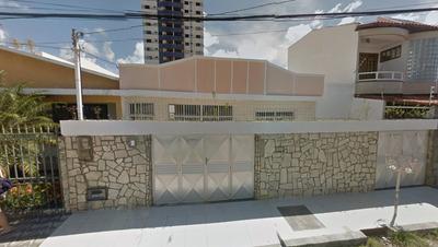 Ótima Casa Na Rua Manoel Gomes Da Rocha