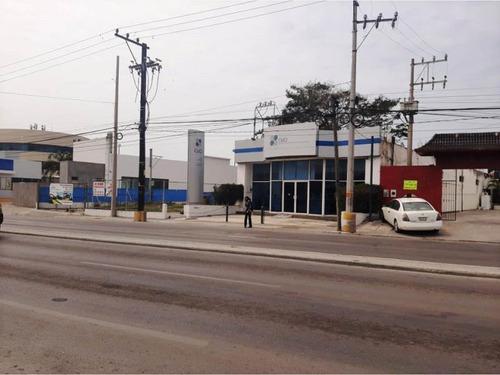 Imagen 1 de 10 de Local Comercial En Renta Lomas Del Chairel