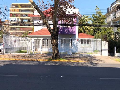 Imagen 1 de 9 de Arriendo Casa - Oficina Carlos Antúnez Altura Los Leones