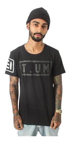 Camiseta T.um Box
