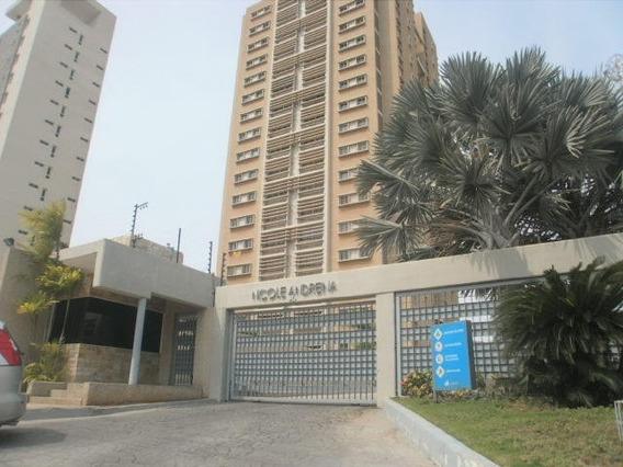 Luis Infante Mls# 20-4815 Apartamento Av Universidad