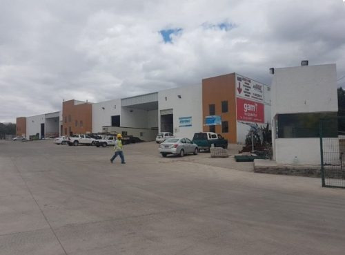 3 Bodegas Disponibles De 204 M²