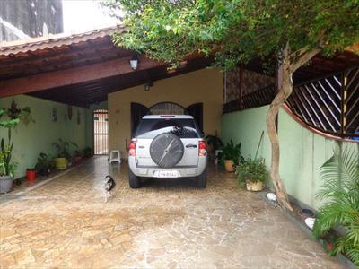 Ref.: 696 - Casa Em Praia Grande, No Bairro Caicara - 3 Dorm