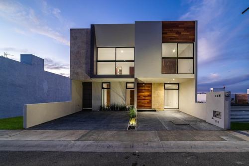 Imagen 1 de 6 de Casa En Venta En Priv Cardón, Zibatá