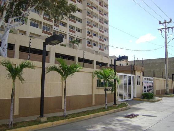Apartamento En Gris En Excelente Conjunto Residencial Parque