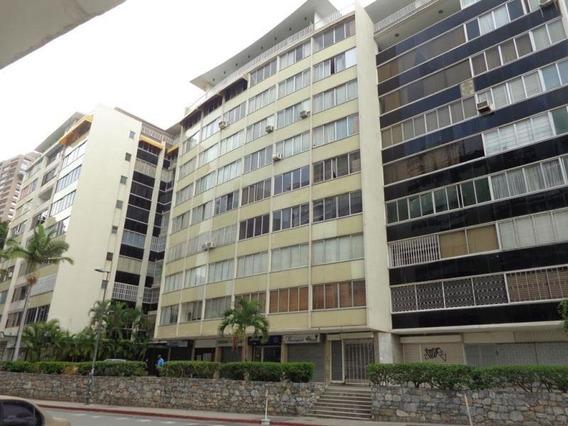Apartamento En Venta Altamira Jf3 Mls19-6342
