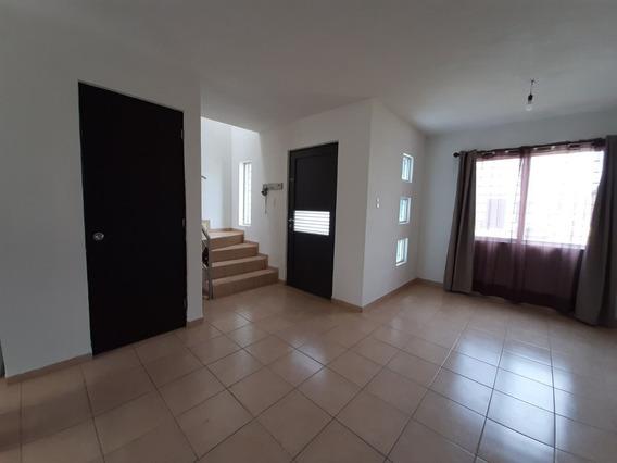 Renta Casa De 3 Recamaras En Los Lagos Pozos San Luis Potosi