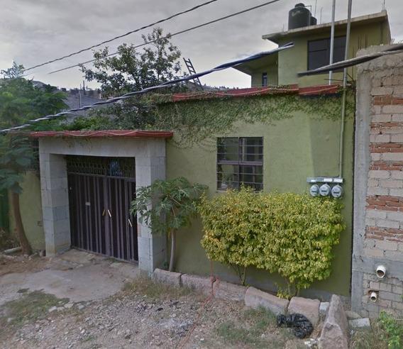 Casa De 2 Plantas, 5 Recamaras 3 Baños. Excelente Plusvalia