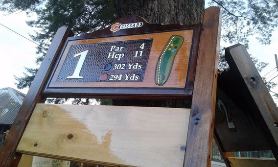 Carteles Tallados En Madera Para Golf Club