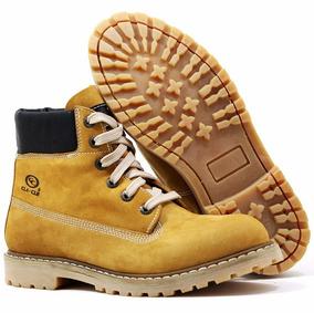 Bota Lenhador Yellow Boots Combina Com Calça Jeans E Camisa