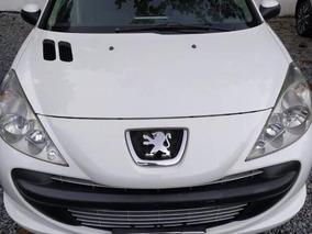 Peugeot 207 1.4 Xr 10 Anos Flex 5p 2011