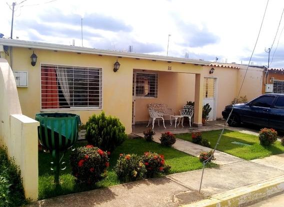 Casa Economica En Venta Cabudare 04245067576