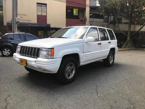 Jeep Grand Cherokee 1996 5.2 Laredo