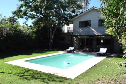 Gran Casa En Carrasco Sur 5 Dormitorios - Gran Jardín