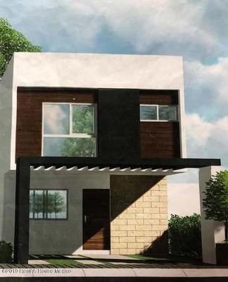 Casa En Venta En El Mirador, Queretaro, Rah-mx-19-1169