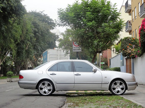 Elegante Y Deportivo Mercedes En Perfecto Estado