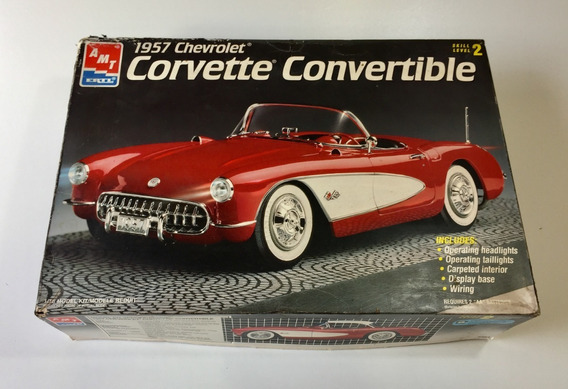Kit Amt Chevrolet Corvette 1957 - Escala 1/16 P/ Montar