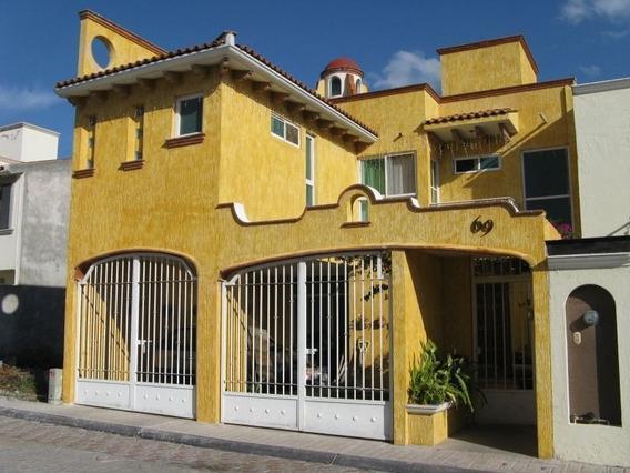 Se Renta Casa En Milenio Iii, Estilo Mexicano, Con Bóveda Catalana, Ubicadisima.