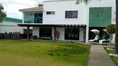 Hermosa Casa En Venta En Xilotzingo