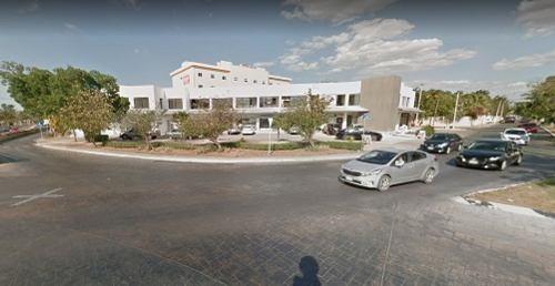 Local Ideal Para Oficina En Planta Baja En Céntrica Plaza De Prolongación Montejo.