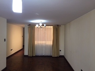 Vendo Departamento En Cayma 2do Piso
