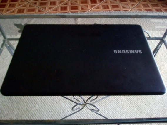 Notebook Samsung Essentials E21
