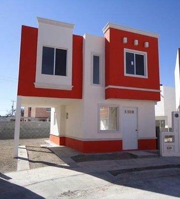 Ramos Arizpe. Amplia Casa En Centro De La Ciudad