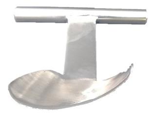 Pelador De Coco Fabricado En Forma Artesanal De Acero Inox.