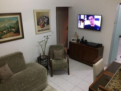 Ponta Da Praia- 2 Dormitorios- Moderno-1º And-show-1 Vg