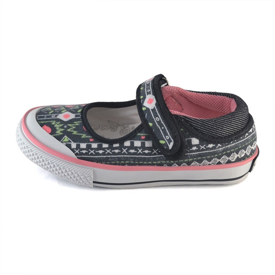 Guillermina Tribal Small Shoes